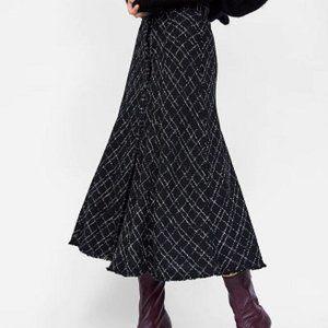 Zara Checked Frayed Hem Tweed Button Front Midi Skirt, Black/White XL